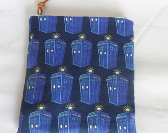 DR WHO Tardis Time machine zipper pouch, Dr Who fan gift, Dr who makeup bag, dr who whovian time machine tardis gift