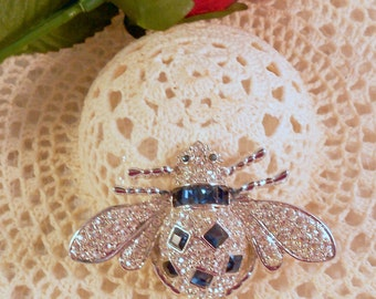 Vintage Blue and Clear Rhinestone Silver Tone Bee/Bug/Insect Brooch/Pin