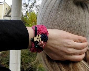 Boho Shabby Chic Textile Roses Bracelet, Fabric Cuff Bohemian Bracelet, Upcycled Fabric Bracelet, Romantic Cuff Textile Wrist