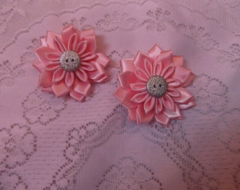 Kanzashi flower hair clip, children's pink flower hair clip