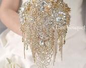 Gold Brooch Bouquet, Gold Wedding Brooch Bouquet, Bridal Bouquet, Cascading Jewelry Bouquet, Broach Bouquet, Wedding Decor, Crystal Bouquet