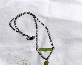 Peridot 22 Bullet Necklace With Purple Crystal