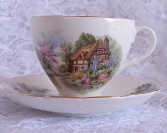 Vintage English Country Scene Teacup, Vintage English China Teacup, Vintage English Teacup Cottage Scene