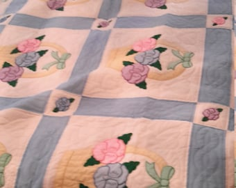 VintageAuthentic Handmade Amish Quilt Free Shipping