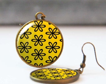 Yellow floral earrings, Dangle earrings with flowers, Epoxy jewelry, Spring and summer romantic jewelry for women, 5013-7