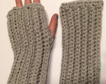 Fingerless gloves- chunky grey with silver sparkle