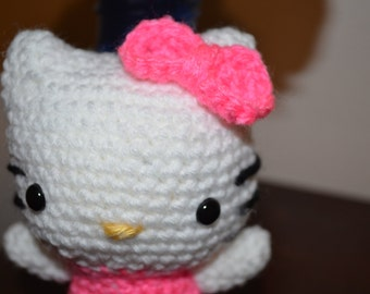 Hello Kitty Amigurumi Doll