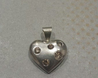 14K White Gold Heart Pendant With Champagne Diamonds