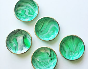 SHADES OF GREEN // Handmade Marbled Polymer Clay Jewelry Dish, Ring Dish, Trinket Dish, Ring Holder