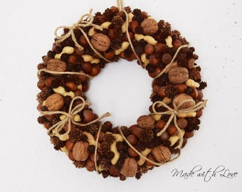 Peanuts, walnuts and coffee wreath