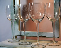 Popular items for romanian crystal on etsy for Thin stem wine glasses