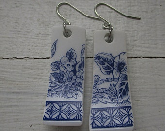 Ceramic earring | Marine blue motifs on white