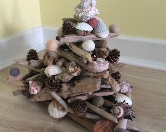 Diftwood, felt, shell Tabletop Christmas Tree