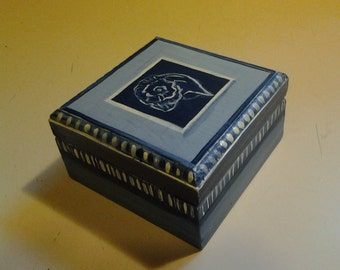Jewelry/trinket box
