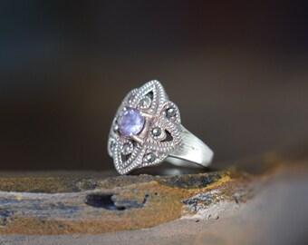 Beautiful Lavender Purple And Hematite Gemstone Vintage Silver 925 Ring, US Size 6.0, Used