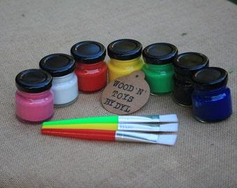 Paint pot & Brush