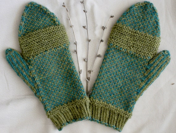 Hobo Gloves Knitting Pattern : Hand Knit Wool Mittens Seaweed Pattern