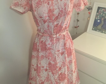 1960s belted day dress