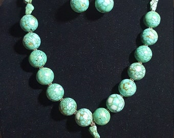2pc Turquoise Necklace and Earring Set