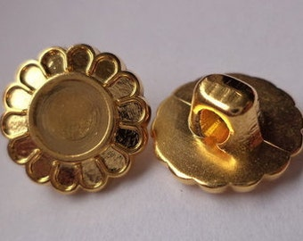 12 small buttons gold 13mm (2016) Flower button