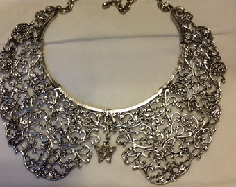 Butterfly Lace Collar