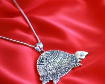 Designer Tortoise Sterling Silver Pendant – Akupara