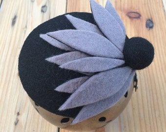 HALFY. Grey and black felt fascinator/hair piece/ mini hat
