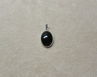 Black Onyx STERLING silver pendant.