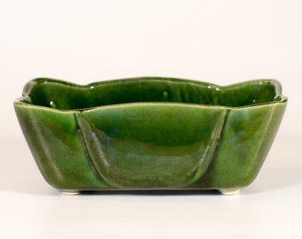 Mid Century Modern UPCO Vintage Planter - Green - Roseville, Ohio USA - #108-8 - Ungemach Pottery Co