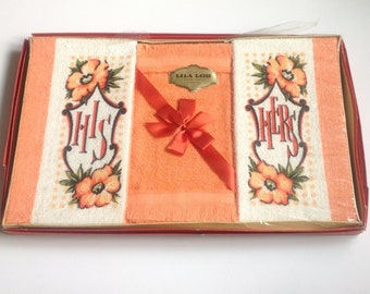 Vintage Guest Towels His Hers Set of 3