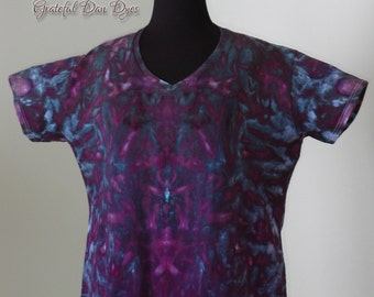 CLEARANCE, ladies 3XL v-neck t shirt with pleated tie dye pattern, tie dye by GratefulDan, solid gray dye with colorful design on bottom