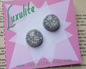 DESTASH Earring sale - Sparkly silver 1950's confetti lucite vintage inspired earrings handmade by Luxulite