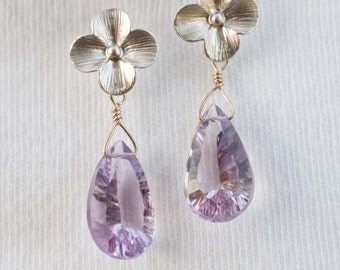 Fleur de cerisier.  Silver Cherry Blossom Earrings with Pink Amethyst