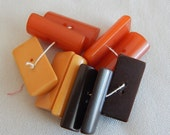 10 Bakelite Buttons - 3 Colors - Half Round - 1 Inch Long