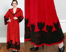 SALE- 1940s Terrycloth Robe Red Black