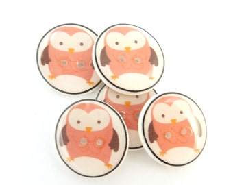 """5 Pink Owl handmade Sewing Buttons. 3/4"""" or 20 mm.  Decorative Novelty Craft Buttons.  Washer and Dryer Safe."""
