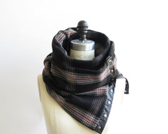 Sale 40% off Black and gray plaid Chunky circular infinity unisex  scarf , men's scarf , women scarf