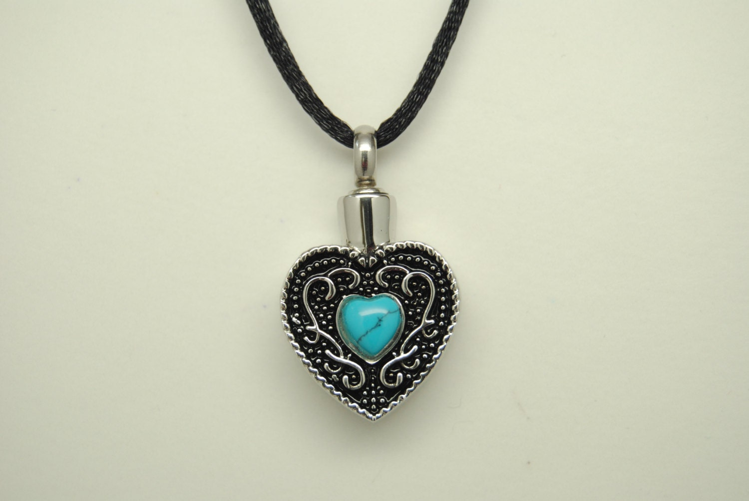 Turquoise heart cremation jewelry engravable turquoise urn for Jewelry to hold cremation ashes