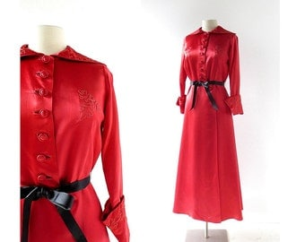 1940s Dressing Gown / Scarlet Satin Robe / 40s Robe / Small S