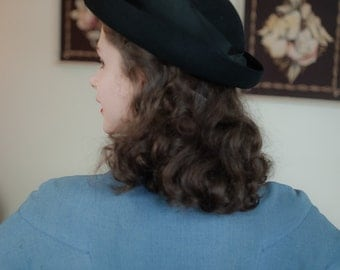 Vintage 1930s Hat - Classic Black Fur Felt 30s Traveling Hat by Knox with Broad Grosgrain Trim