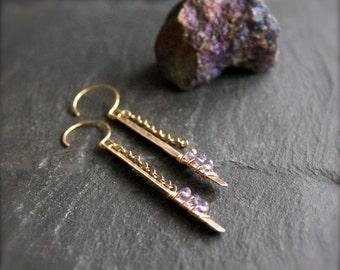 Iolite Stick Chain Dangle Earrings - Oxidized Gold Brass, Wire Wrap Bar, Metalwork, Long Gemstone Earrings, Boho Jewellery No.1