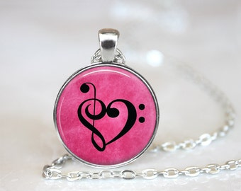 Music in My Heart Changeable Magnetic Pendant Necklace and Organza Bag