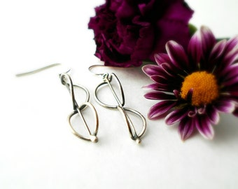 folded hoops earrings, hand forged, sterling silver, everyday earrings, modern hoops, ready to ship