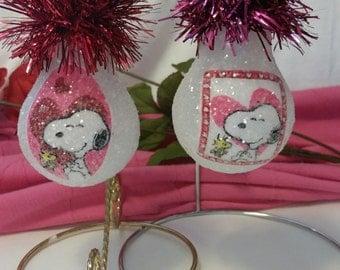 Snoopy Love handmade light bulb ornament