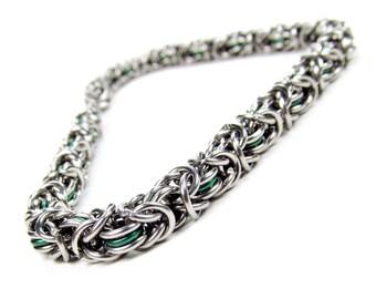 Chainmaille Bracelet - Thin Green Byzantine