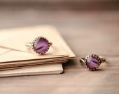 Plum petal ring in antique brass setting - Alstromeria - Purple adjustable ring - Bloom collection by BeautySpot (R075)