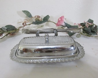 Butter Dish Set of 4 pieces with Attached Knife Holder and Butter Knife