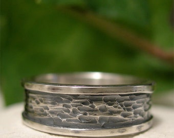 Sterling Silver Tree Bark Ring Band, Hammer Textured Smooth Edged Silver Ring, Hand Forged Oxidized Ring, Unique Rustic Men's/Women's Ring