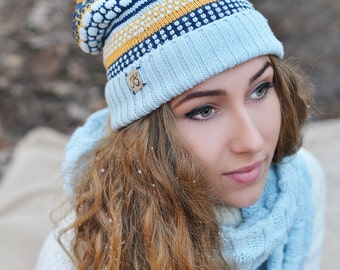 Knitted beanie, Slouchy hat, Colorful cap, Gift for her, Cap with pompom, gift for girl, Merino wool knitted hat, Snowbording cap