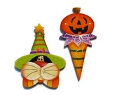 Set of 2 Halloween Cat, Pumpkin Fridge Magnets or Ornaments or Lapel Pins, Handpainted Wood, Hand Painted Refrigerator Magnets, Tole